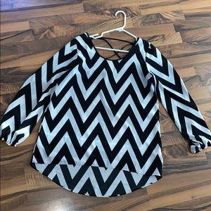Medium black and white chevron blouse